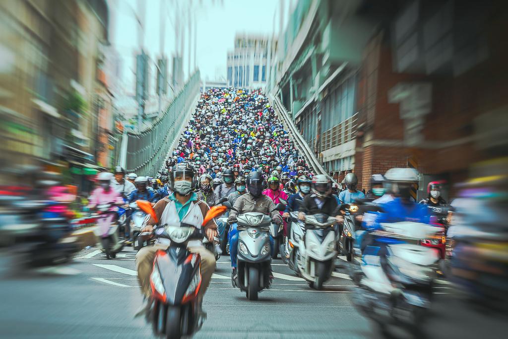 2020102700390202010100025120200520台北橋機車潮_1477-1.jpg
