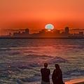 20210717Seal Beach Sunset And Tourists_8767-1.jpg
