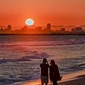 20210717Seal Beach Sunset And Tourists_8672-1.jpg