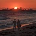 20210717Seal Beach Sunset And Tourists_8872-1.jpg
