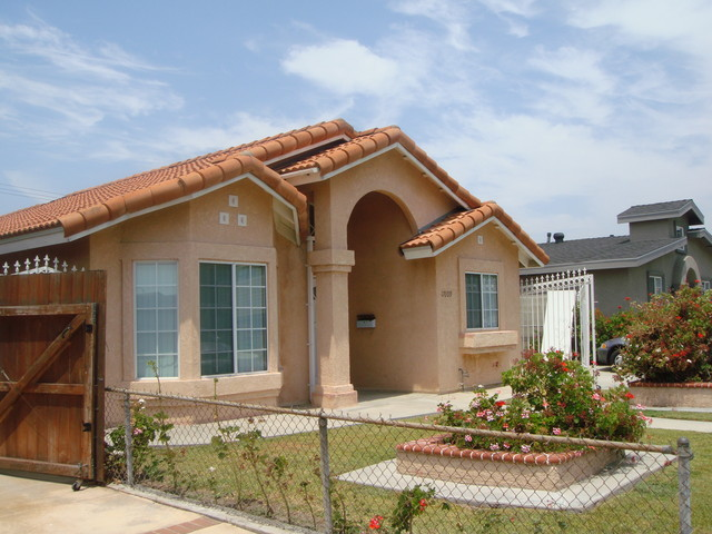 美國8月新屋銷售小幅下滑,但年增率減幅續縮小!.jpg