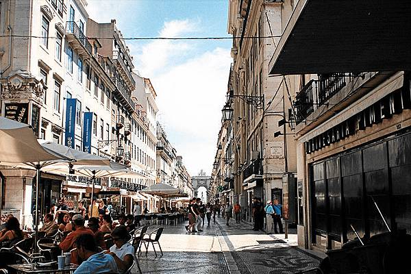 RUA-AUGUSTA-Lisbon.jpg