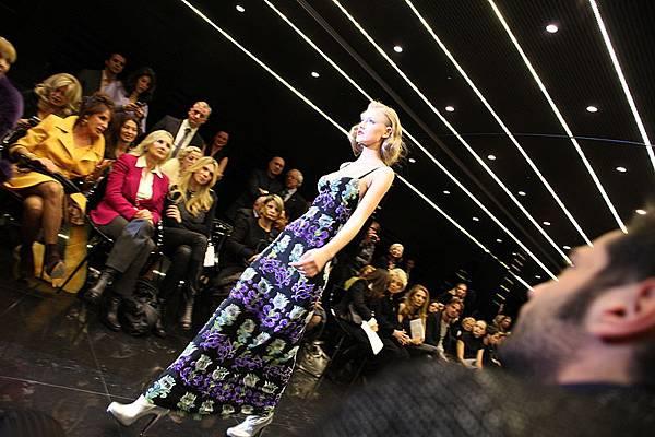 800px-Milan_Fashion_Week_1.jpg