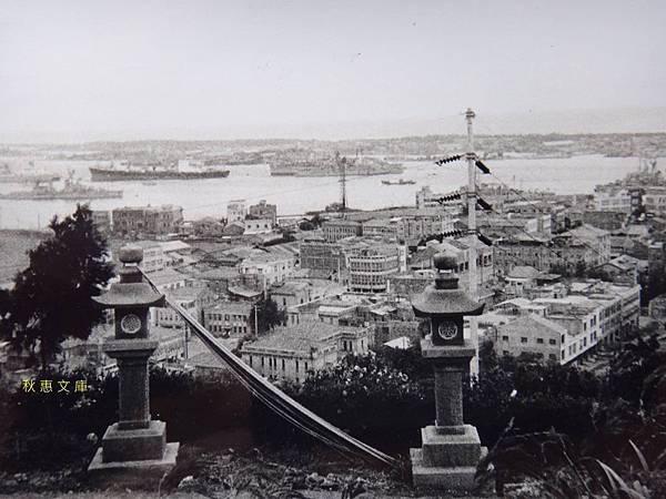 1967年由壽山遠眺高雄港