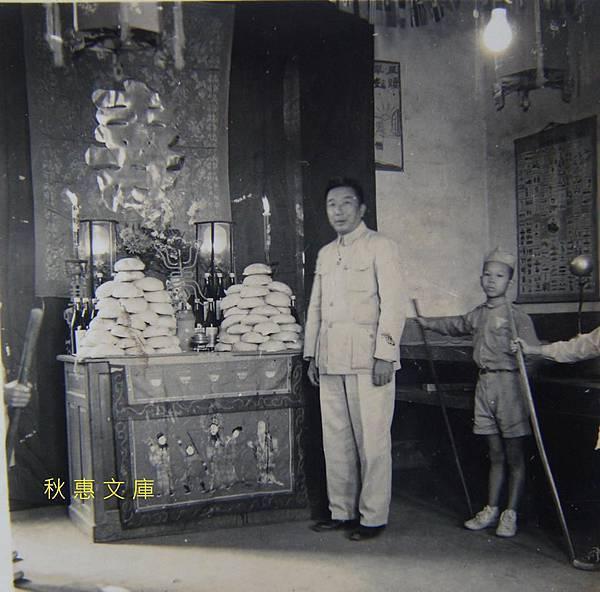 早年10月31日,有童軍看守的祝壽禮堂