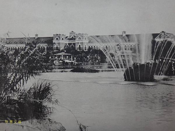 1909年從台北苗圃(現植物園)遠望台北中學校(現建國高中)