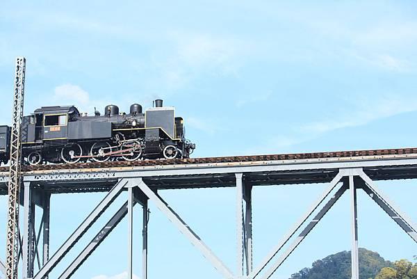 內社川橋(鯉魚潭鐵橋) (64).JPG