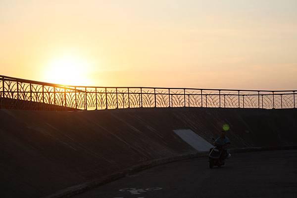 夕陽隨便拍 (28).JPG