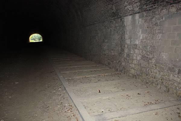 崎頂子母隧道 (5).JPG