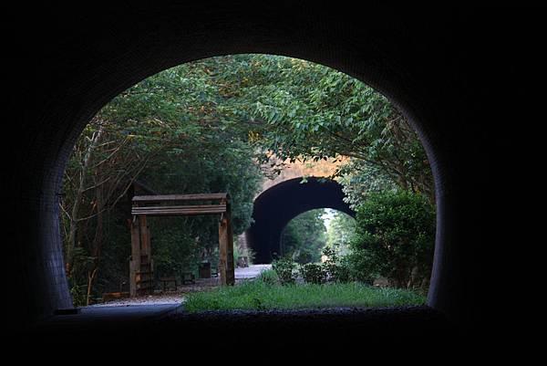 崎頂子母隧道 (26).JPG