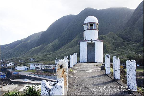 港口廢棄小燈塔 (19)