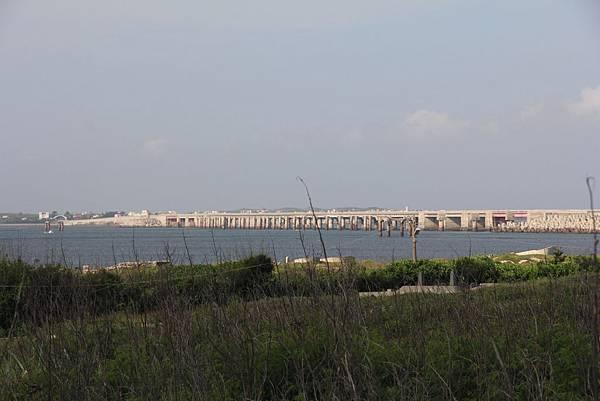 跨海大橋側面.jpg