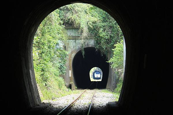 連續隧道群 (10).JPG