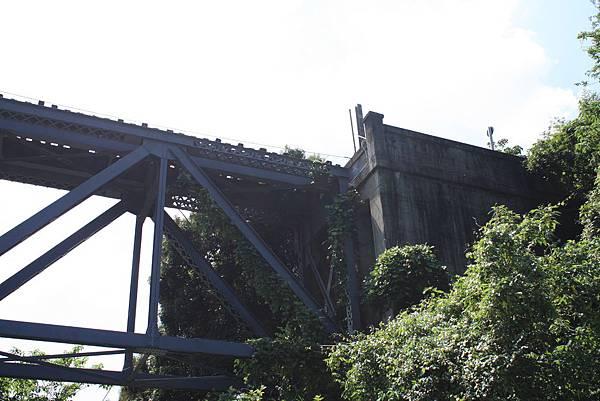 內社川橋(鯉魚潭鐵橋) (36).JPG