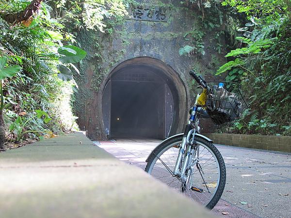 20100810福隆單車遊 (39).JPG