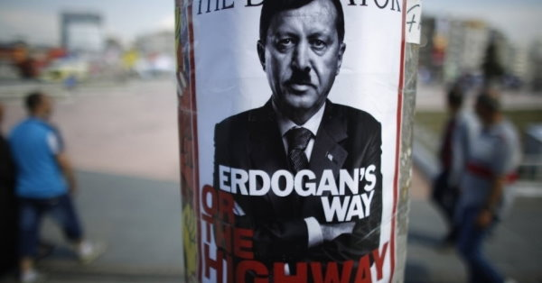 Theyre Standing on the Street 019 - Erdogan's way or the highway.jpg