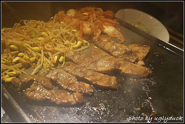 生菜包肉_綾