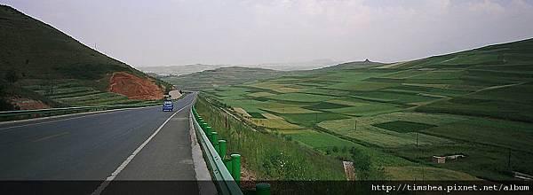 青藏公路沿線景色
