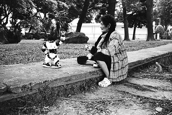 阿婆與機器人
