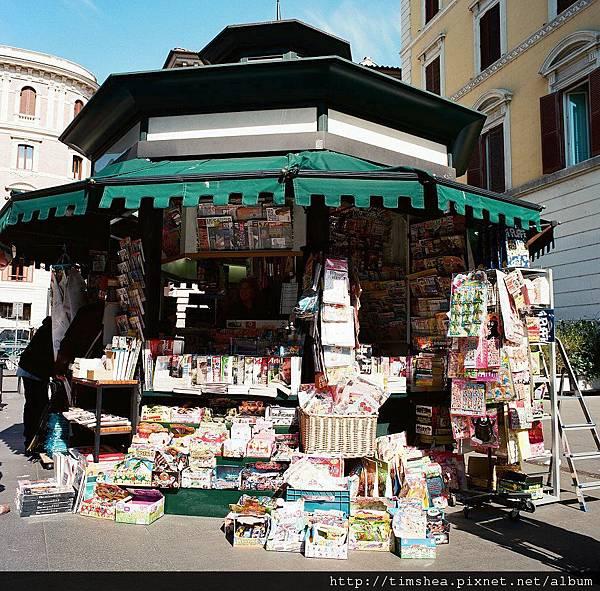 羅馬  路邊書報攤