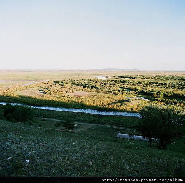 巴彥呼碩草原  河谷