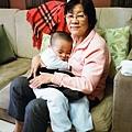 侑侑與奶奶