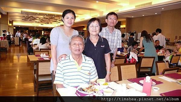 6.9 午餐  幫父親慶生