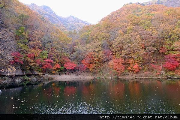 關門山 五彩湖