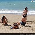 小灣沙灘  比基尼