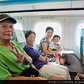 侑侑和爺爺奶奶,三人都是初次搭高鐵。
