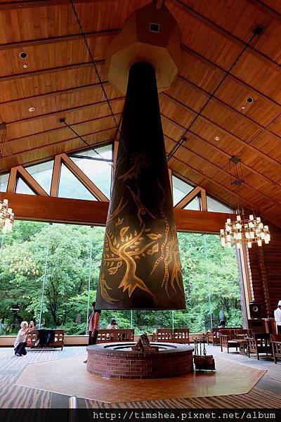奧入瀨溪流飯店 中庭吊鐘
