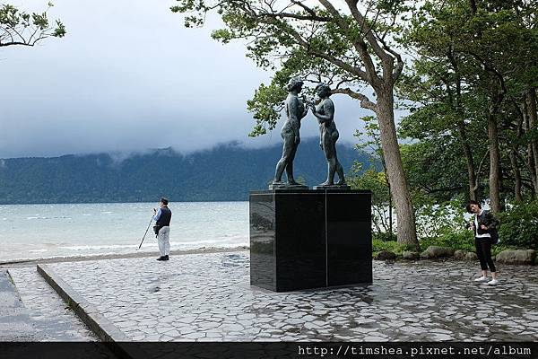 十和田湖 乙女雕像