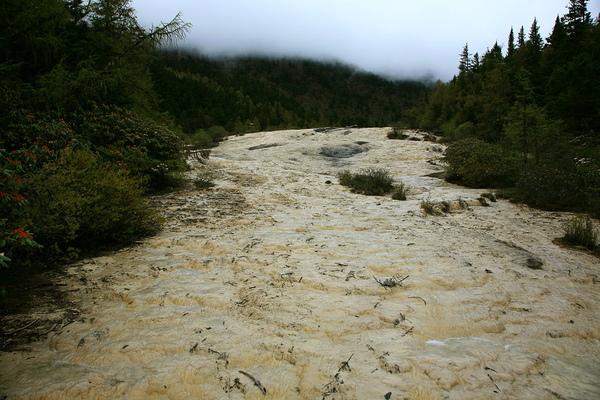 黃龍  石灰地質
