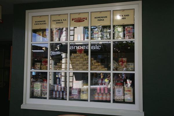皇后鎮  商店櫥窗