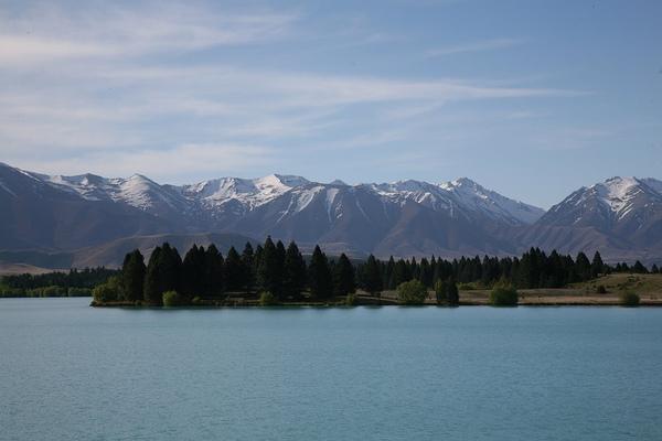 特瑞索  人工湖