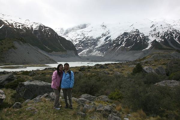庫克山脈  第一座冰湖