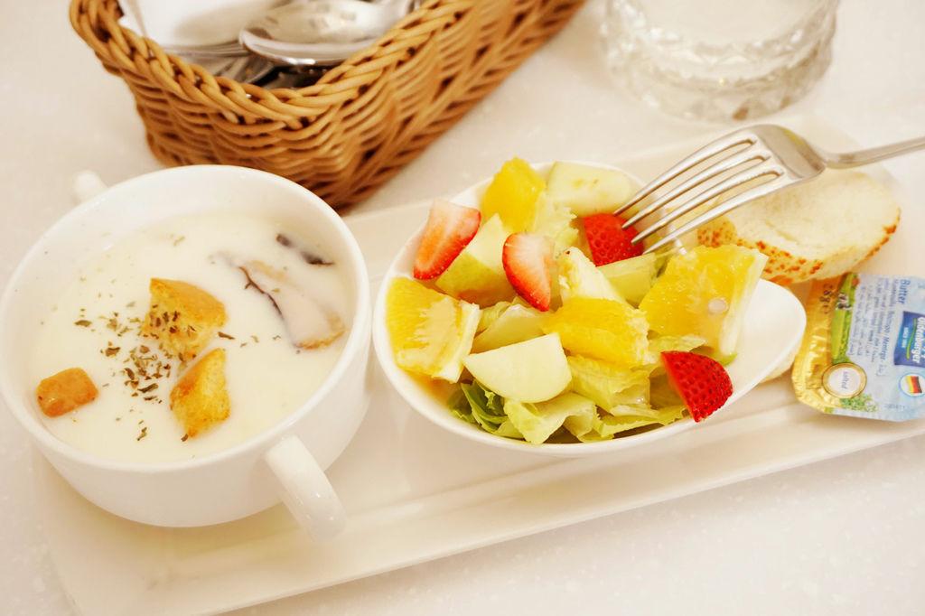 oyami排餐前菜2.jpg