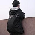 琳源孤寂(??)的背影