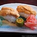 老妹點的 高檔海膽壽司