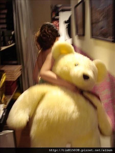 我們綁架了泰迪雄