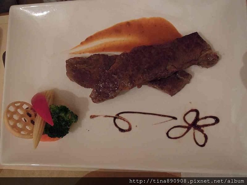 1051115-皮耶諾部門聚餐 (28)-主廚特選燒烤美國安格斯牛排.jpg