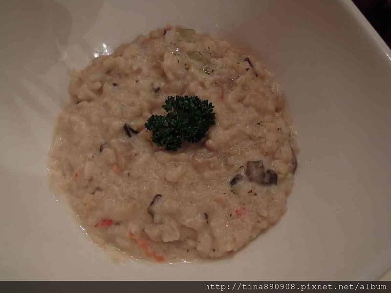 1051115-皮耶諾部門聚餐 (31)-松露油牛肝蕈菇燉飯.jpg