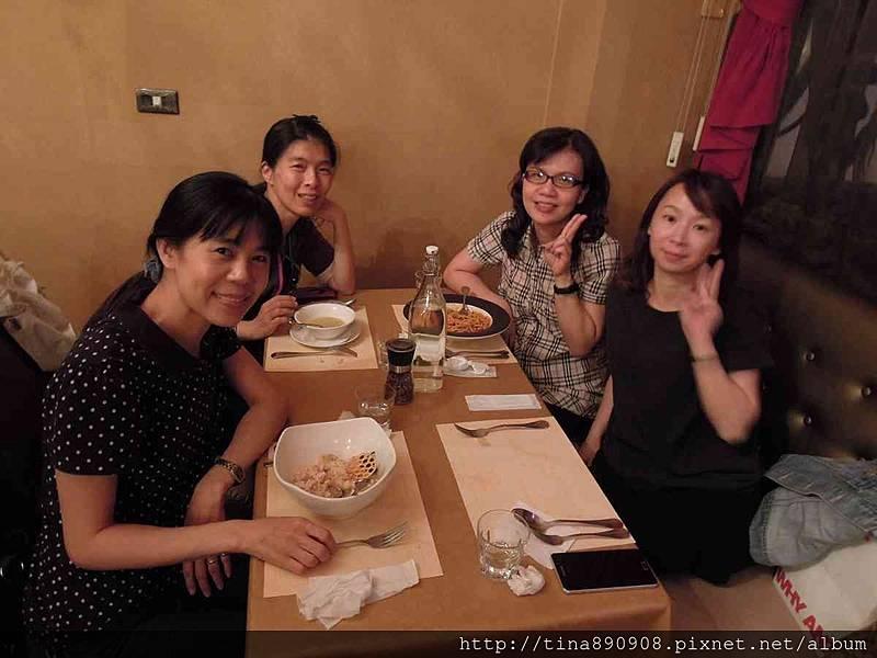 1051115-皮耶諾部門聚餐 (41).jpg