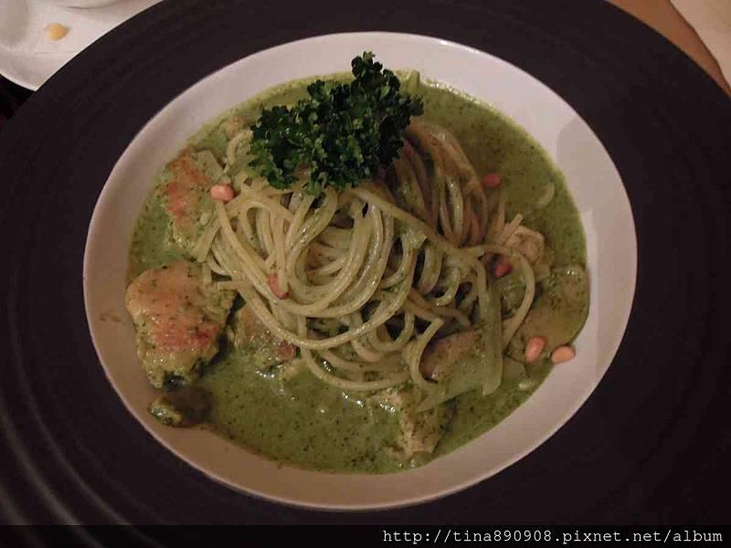 1051115-皮耶諾部門聚餐 (48)-青醬松子雞肉義大利麵.jpg
