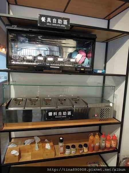 1060222-濰克早午餐-崇善店 (9).jpg