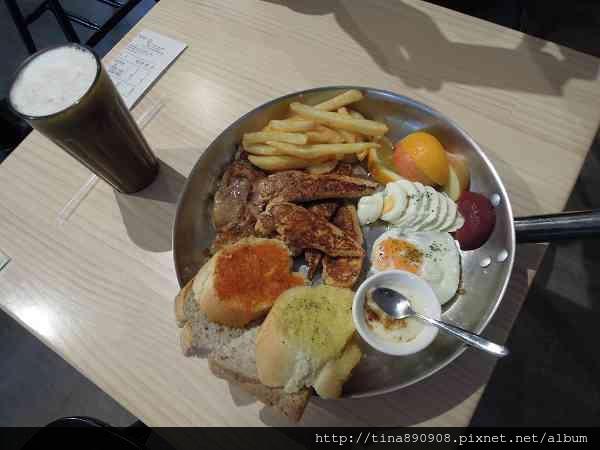 1060222-濰克早午餐-崇善店 (18).jpg
