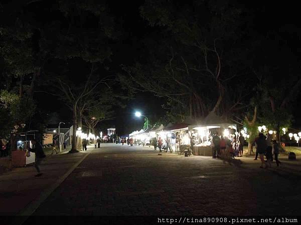 1060203-台東3天2夜-DAY1-8-鐵花村夜間市集 (13).jpg