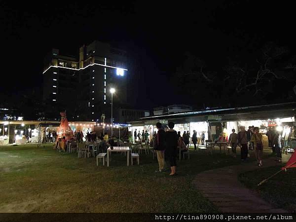 1060203-台東3天2夜-DAY1-8-鐵花村夜間市集 (16).jpg