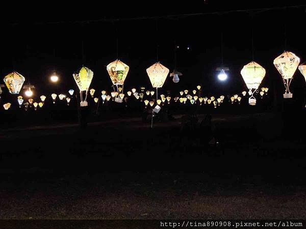 1060203-台東3天2夜-DAY1-8-鐵花村夜間市集 (21).jpg