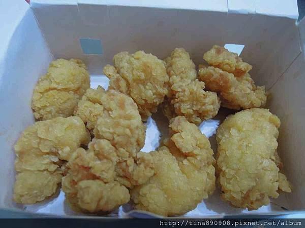1060324-丹丹漢堡 (5)-黃金鮮酥雞.jpg